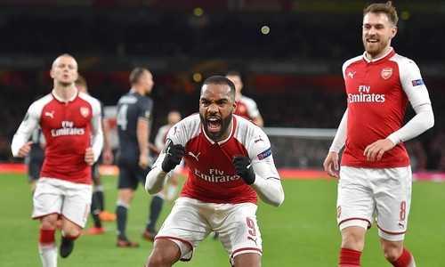 Đại thắng Moskow, Arsenal đặt một chân vào bán kết Europa League