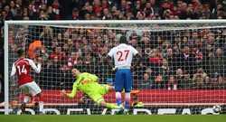 Aubameyang lập cú đúp,  Arsenal đẩy Stoke City đến bờ vực xuống hạng