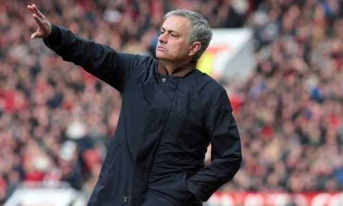 HLV Mourinho: 'Man Utd mới chỉ tiến bộ đủ để đứng thứ nhì'