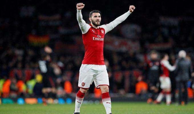 Arsenal phải vô địch Europa League
