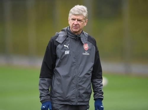 Wenger có chuyến làm khách tại Old Trafford hôm nay 29/4.