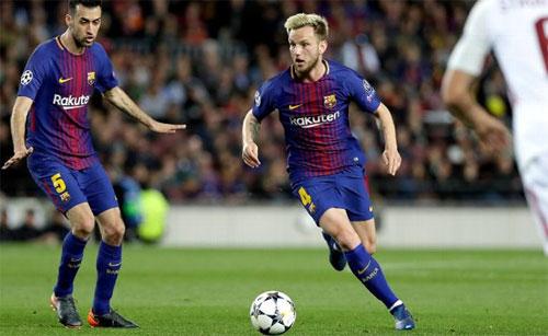 Busquets và Rakitic đều sẽ vắng mặt trong trận gặp Celta Vigo.