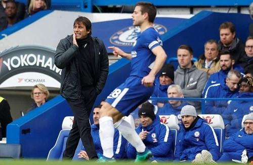 Conte tiếc nuối khi đội nhà để thua Tottenham.