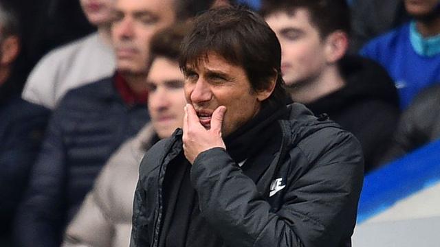 HLV Conte không còn thiết tha ở lại Chelsea