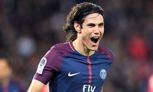 Edinson Cavani phá kỷ lục ghi bàn của Ibrahimovic cho PSG tại Ligue 1