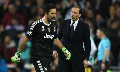 Huyền thoại của Juventus chê Buffon việc miệt thị trọng tài