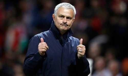 HLV Mourinho: 'Động lực của tôi là vị trí thứ nhì'