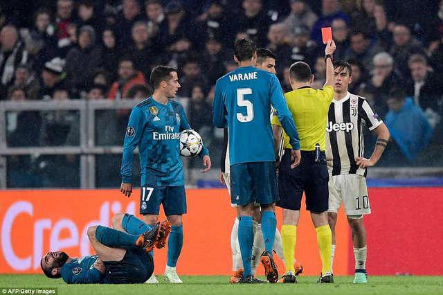 Thảm bại 0-3 trước Real Madrid, Juventus coi như hết cơ hội tại Champions League mùa này
