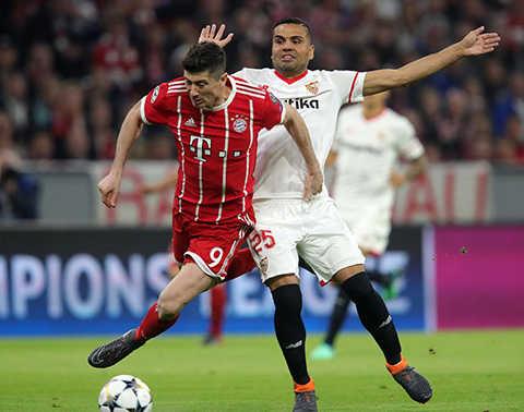 Hòa Sevilla, Bayern Munich đi tiếp vào Bán kết kém ấn tượng
