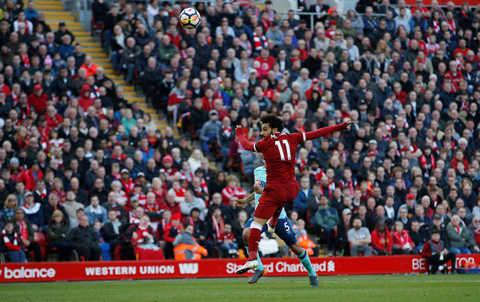 Hàng công tỏa sáng, Liverpool tiếp mạch thăng hoa