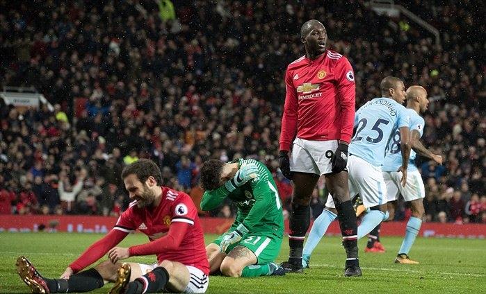 Lượt đi MU để thua Man City 1-2 ngay tại Old Trafford