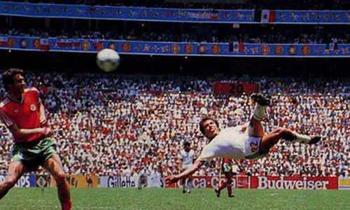 Manuel Negrete giành giải Bàn thắng vĩ đại nhất World Cup
