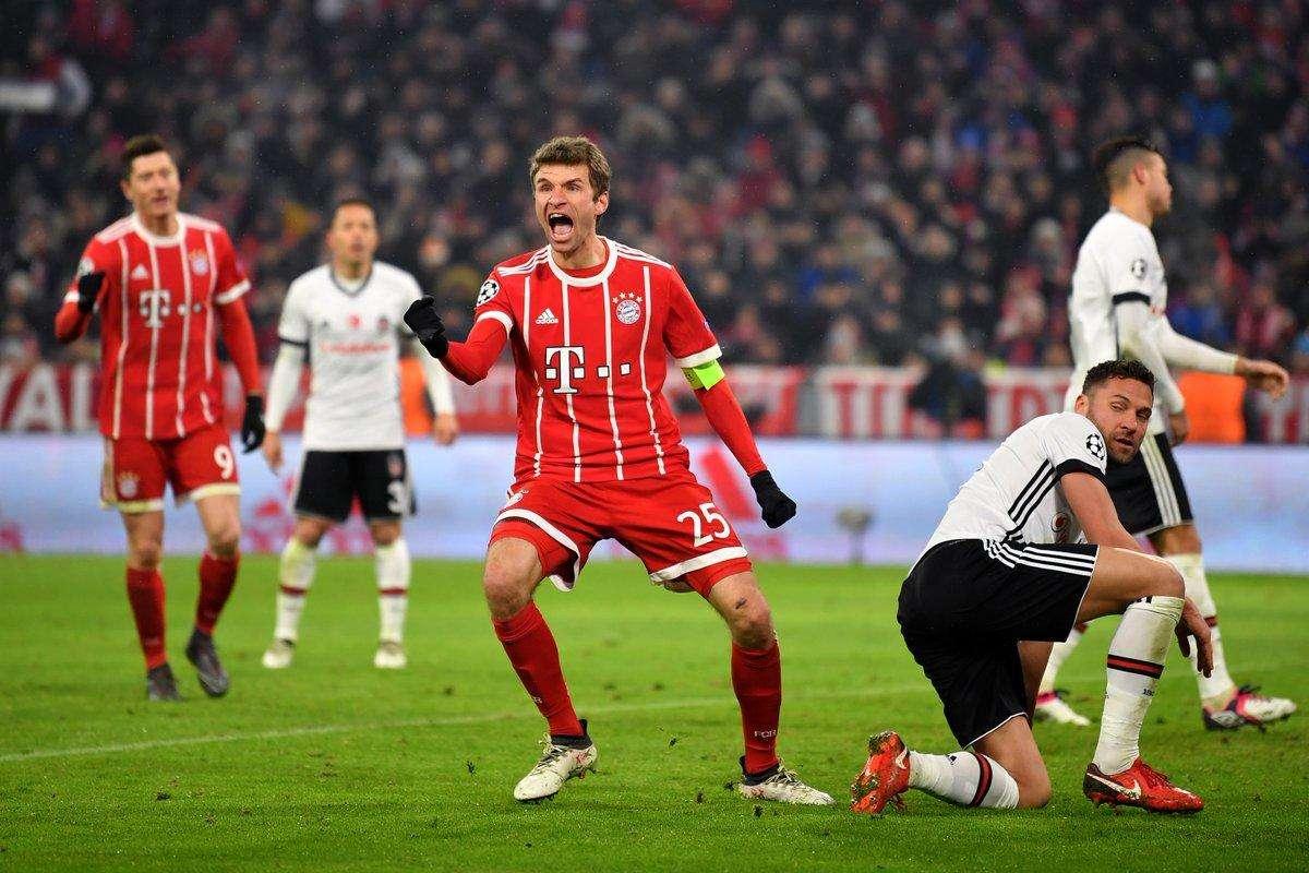 Bayern Munich đã loại Sevilla ở tứ kết