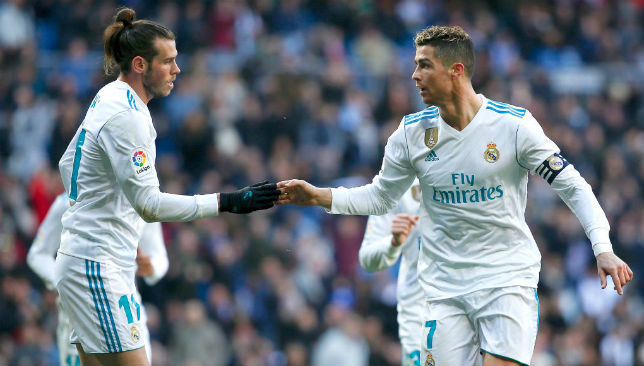 Ronaldo muốn Bale ngồi ghế dự bị