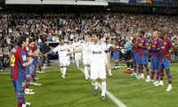Zidane từ chối cho Real Madrid xếp hàng mừng Barca vô địch