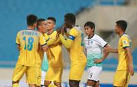 Bùi Tiến Dũng dự bị trong trận đấu FLC Thanh Hoá chia tay AFC Cup 2018