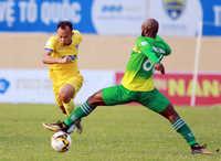 Hà Nội và Than Quảng Ninh tiếp tục cạnh tranh ngôi đầu bảng