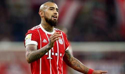 Trụ cột Bayern nghỉ hết mùa, lỡ đại chiến với Real
