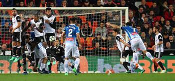 Bị Atletico Madrid cầm hòa, Real mất ngôi nhì bảng vào tay Valencia