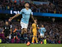 Man City xô đổ 3 kỷ lục vĩ đại ở Ngoại Hạng Anh