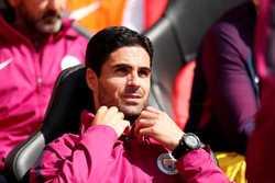 Arsenal tuyển HLV mới: Cái tên bất ngờ!