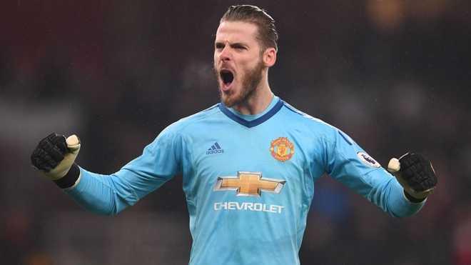 De Gea giành giải Găng Tay Vàng. Rooney đã đồng ý sang chơi ở giải MLS