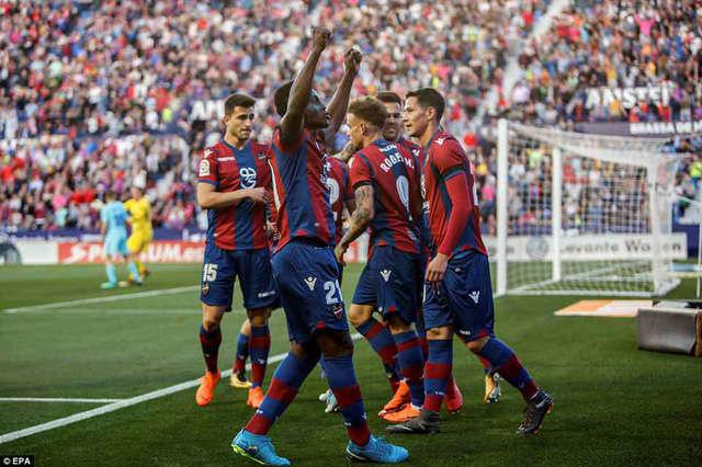 Levante giành chiến thắng với tỷ số điên rồ trước nhà vô địch La Liga