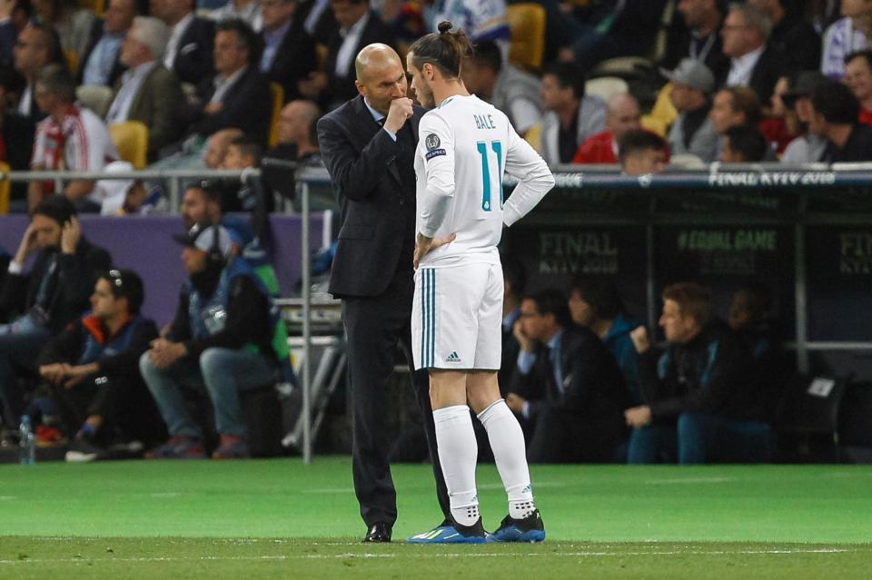Zidane tung Bale vào sân từ băng ghế dự bị