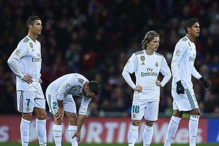Real Madrid dường như đã buông xuôi cho cuộc đua giành vị trí thứ 2 với Atletico Madrid