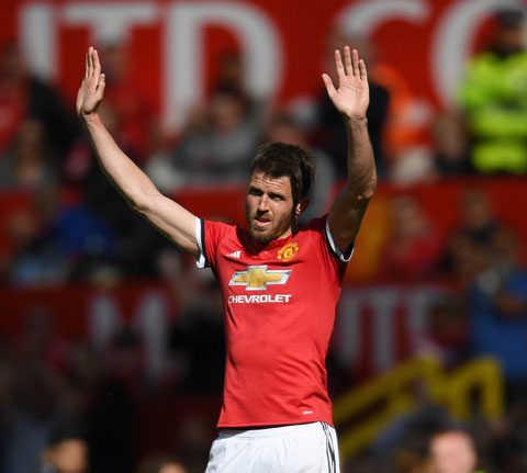 Thắng tối thiểu Watford, Man United có màn tri ân Carrick thành công