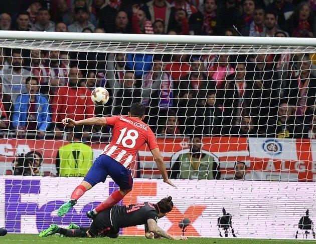 Diego Costa tỏa sáng, Atletico Madrid đánh bại Arsenal vào chung kết C2