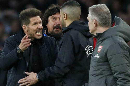 Giây phút bốc đồng của Simeone khiến ông phải trả giá đắt.