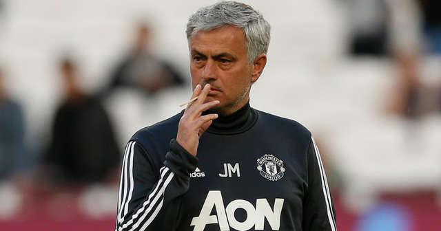 HLV Mourinho không có tên trong danh sách đề cử giải HLV xuất sắc nhất mùa