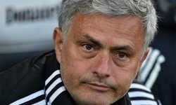 'Sốc' với số tiền Mourinho nộp phạt để tránh án tù