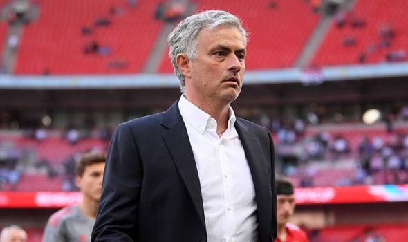 Mourinho muốn chiêu mộ 5 cầu thủ hè này