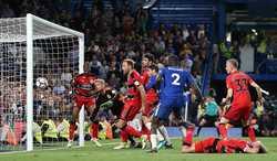 Chelsea bị Huddersfield cầm chân, cuộc đua top 4 hấp dẫn và nghẹt thở tới vòng cuối cùng
