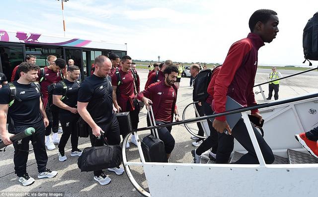 Liverpool hành quân sang Kiev chuẩn bị cho trận chung kết Champions League