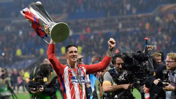 Fernando Torres hạnh phúc với danh hiệu cuối cùng trong màu áo Atletico