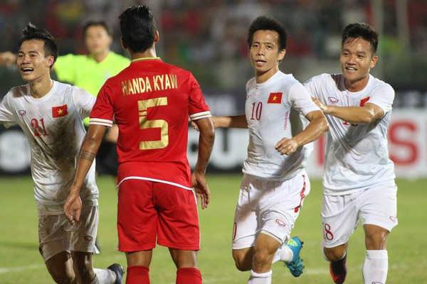 Tuyển Việt Nam sẵn sàng tranh ngôi vương AFF Cup 2018 với Thái Lan