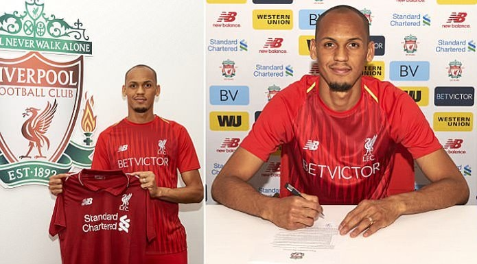 Fabinho ký hợp đồng 5 năm với Liverpool