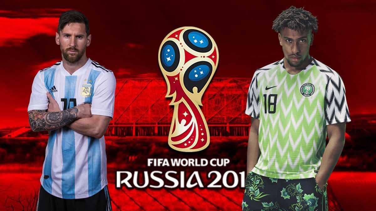 Messi, Rojo tỏa sáng đưa Argentina vào vòng trong