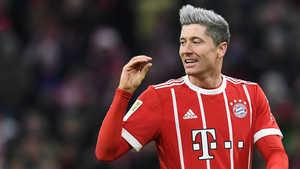 """Real nhờ Modric """"giúp đỡ"""" để có Lewandowski. Mascherano phủ nhận những mâu thuẫn ở trong nội bộ Argentina"""