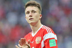 Chelsea đang tiến rất gần tới Aleksandr Golovin