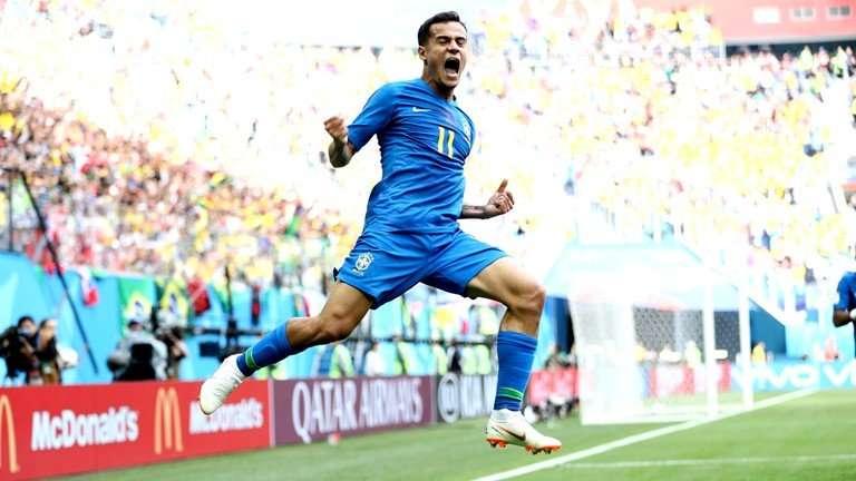 """Coutinho lại làm """"cứu tinh"""" cho Brazil"""