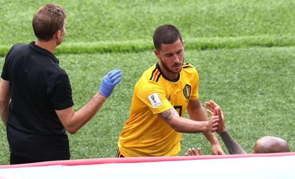 Hazard được rút ra sân sớm vì đau nhẹ