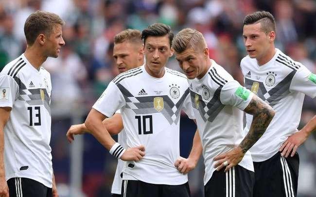 Đức phải thắng vì niềm tin của NHM
