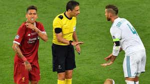 Roberto Firmino đáp trả những lời nói của Sergio Ramos
