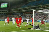 V-League vắng khán giả vì NHM đổ dồn vào World Cup