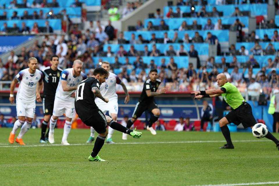 Iceland có điểm số lịch sử trong ngày thảm hoạ của Messi