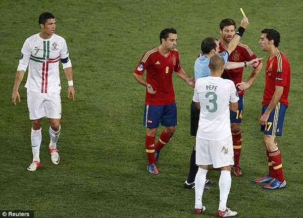 Tây Ban Nha sẽ thể hiện thế nào sau khi gặp rắc rối trước thềm khai mạc World Cup?
